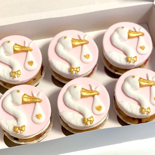Royalcakeria.ch-Storch-Cupcakes